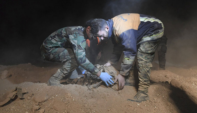 313 Bodies Found in Mass Grave near Former ISIS Capital in Syria